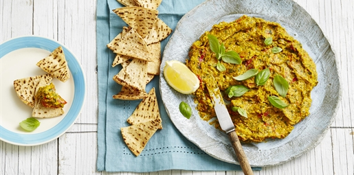 Pumpkin, Capsicum and Pesto Dip with Pita Crisps
