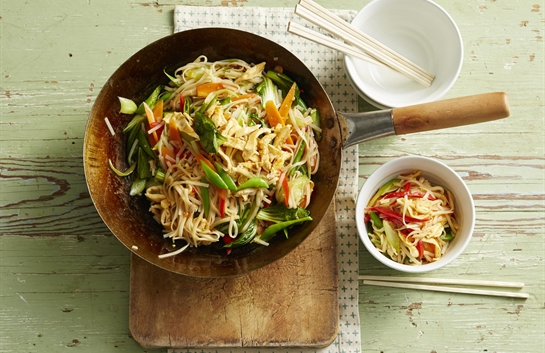 Sweet chilli and noodle stir fry